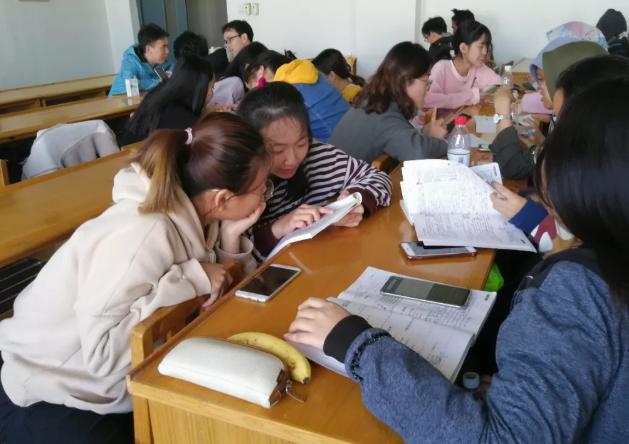 合肥幼师学校:搭建中外学生学业帮扶平台